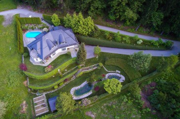Luxury house in Dobrova